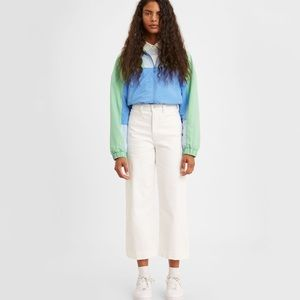 White Ribcage wide legged Levi Jeans